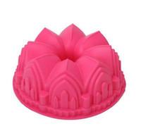 büyük silikon kalıp pastası toptan satış-Büyük taç silikon kek kalıbı mikrodalga pişirme araçları yenilik kek kalıpları ekmek kalıpları pasta kalıp