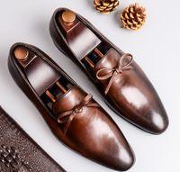 fabrika markalı toptan satış-Lüks Erkekler elbise ayakkabı Marka fabrika sıkı seçilen Deri ve iş mumlu vintaged deri domuz derisi astarı AB 38-46 en boyutları