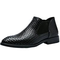 botas estilos homens venda por atacado-2018 novo estilo primavera e verão mão - botas de couro de malha botas Martin botas de tornozelo de negócios de estilo masculino