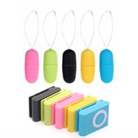 vibratör mp3 toptan satış-Sıcak Taşınabilir Kablosuz Su Geçirmez MP3 Tarzı Vibratör Uzaktan Kumanda Kadınlar Titreşimli Yumurta Vücut Masaj Seks Oyuncakları Yetişkin Ürünleri