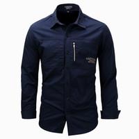 chemises gratuites de l'armée achat en gros de-Hommes Zip Shirt Chemises Militaires Chemises En Coton À Manches Longues Slim Fit Tops Turn Down Collar 2018 Livraison Gratuite Army Green Khahi