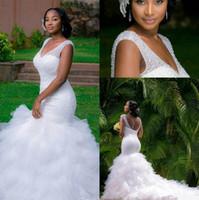 vestido de noiva sparkly tulle sereia venda por atacado-Sexy Branco Plus Size Sereia Vestidos de Noiva Cristais Brilhantes Frisado V Neck Lace-up Saia Ruffled Tulle País Africano Trompete Vestidos de Noiva
