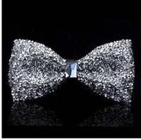 ziyafet yayları toptan satış-Erkekler için yeni papyon kristal bling kelebek düğüm düğün ziyafet şölen kulübü parti damat shinning