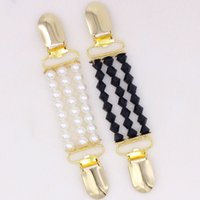 Wholesale black shawl collar cardigan - Duck Clips Flexible Beaded Pearl Pin Brooch Shawl Shirt Sweater Cardigan Collar White Pearl And Black Rhombus Women Brooch
