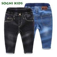 ingrosso jeans blu del neonato-Neonate Ragazzi Jeans Demin Legging Elastico Menina Blu / Nero Pantaloni Bambini Cotone Pantaloni Per Bambini Vestiti 1 2 3 4 5 6 Anni