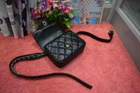 ingrosso frizioni della vita-Nuovo arrivo fashion designer donne in vita borsa giorno frizione petto pacchetto di alta qualità cintura fanny borse da corsa