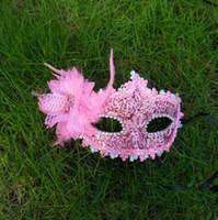 halloween tüy göz maskeleri toptan satış-Tüy Prenses Maske Kadınlar Dantel Seksi Yortusu Göz Maskesi ile Masquerade Cadılar Bayramı Maskeleri Tüy Doğum Günü Paskalya Dans Partisi Maskeleri