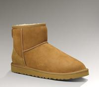 botas de cuero marrón al por mayor-Clásico de alta calidad para mujer botas de nieve de invierno piel natural de piel de oveja forrada zapatos de invierno negro marrón rojo suela antideslizante 35-44