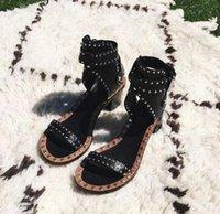 kampf schuhe mode großhandel-2018 Fashion Design Nieten Ledersandalen Nieten Combat Ankle Booties Hohe Starke Ferse Schuhe Offene spitze Sexy Sommer Frau Sandale