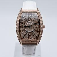 montres de luxe de diamant de femmes en cuir de mode achat en gros de-Haute qualité quartz cuir diamant marque marque aaa luxe femmes montres femmes robe designer montre en gros dames cadeaux montre-bracelet saat