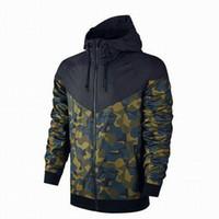 neue sport-kapuzenpullis großhandel-Neue Designer Männer Jacken Sport Windbreaker Zipper Hoodies Mäntel Camouflage Print Großhandel Oberbekleidung S-3XL 2-Farben