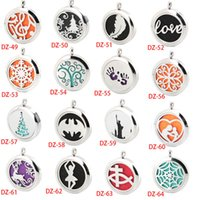 Wholesale Silver Aromatherapy Essential Oil Stainless Steel Necklace Pendant Perfume Diffuser Locket Send chain and felt pads as gift