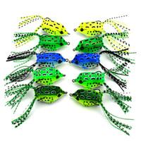 nuevos señuelos de pesca de plástico blando al por mayor-Ojos 3D Plásticos Señuelos Dos Garra Afilada Cebo Suave Artificial Mini Rana Forma Doble Gancho Pesca Cebos de Pesca Nuevo 2 85hj UU