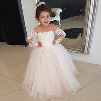 bebek tulle elbiseleri toptan satış-Uzun Kollu Çiçek Kız Elbise Düğün Kapalı Omuz Aplikler Dantel Tül Kat Uzunluk Bebek Çocuk Doğum Günü Partisi Elbiseler
