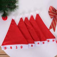 ingrosso ha portato i cappelli di natale lampeggianti-LED luce flash Rosso cappello di Babbo Natale Ultra morbido peluche Natale Cosplay Cappelli Decorazione di Natale Adulti Cappellini di Natale