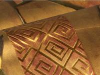 luxus-gold-tapete großhandel-Moderne Luxus Antike Gold Tapete 3D Geprägte PVC Wasserdichte Tapetenbahn Wohnzimmer Schlafzimmer TV Gold Tapete