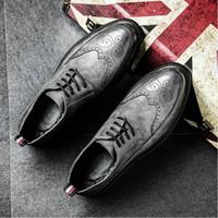 мужская формальная обувь оптовых-Новое прибытие ретро Буллок дизайн мужчины классический бизнес формальные обувь острым носом кожаные ботинки мужчины Оксфорд платье dfv78
