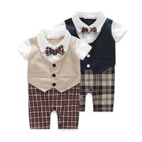erkek takım elbise smokinleri toptan satış-Smokin Bebek Setleri Giysileri Kısa Kollu Erkek Bebek Çocuk Giysileri Yaz Yenidoğan Tulum Seti Takım Giyim