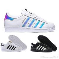 sapatos super quentes venda por atacado-Venda quente Superstar Branco Holograma Iridescente Junior Superstars Preto branco Orgulho Tênis Super Star Mulheres Homens Esporte Sapatos Casuais EU SZ36-45