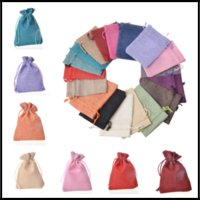 Wholesale jute jewelry wholesale - 50pcs lot Durable 9x12cm Retro Mini Jute Bags with Drawstring Gift Wraps 18Colors Xmas Pouch Jewelry Collection Bags