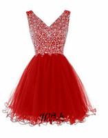короткое платье из красного тюля оптовых-Реальные образцы Красный Homecoming платья 2018 Sexy V шеи тюль бисером короткие Homecoming платье для коктейльное платье