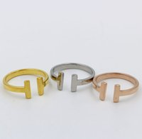 basit çift halka toptan satış-Basit tasarımcı Takı Paslanmaz çelik Çift T Harf moda takı yüzük gümüş / altın / altın rengi toptan gül yüzük