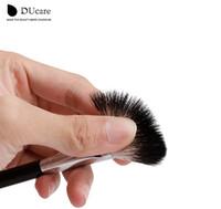 ingrosso pennello di evidenziazione dei capelli-Nuova spazzola multifunzionale di trucco di spazzola di evidenziazione della spazzola della polvere della spazzola di trucco dei capelli della capra multifunzionale trasporto libero