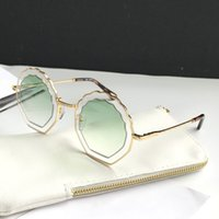 Wholesale types sunglasses resale online - Luxury Sunglasses For Women Fashion Deisng Irregular Frame UV400 Len Summer Style Favorite Type Designer Face Come With Case