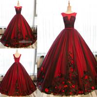 kırmızı quinceanera elbise dantel toptan satış-2019 Son Siyah ve Kırmızı Balo Quinceanera Elbiseler Tül Tatlı 16 Lace Up Aplikler Gelinlik Modelleri Parti Törenlerinde Özel Durum Elbise