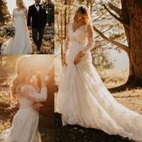 vestido de boda de playa casual marfil al por mayor-2019 una línea de vestidos de novia con cuentas de manga larga con cuello en V vestidos de novia de talla grande