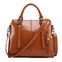 bolsas de couro laranja venda por atacado-Macio sólido PU / PVC couro de Patente de compras sólido bege orange tote grande bolsa de viagem da menina da mulher de moda pacote de sacos de mensageiro