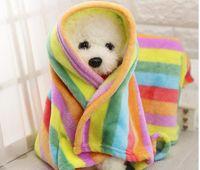 accesorios de la perrera al aire libre al por mayor-Mascota cálida manta sofá perro gato camas cojín Coche coche camas para perros perrera al aire libre cojín estera de franela paño grueso y suave pequeños perros grandes ropa de cama