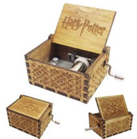 Wholesale hand crank music - Tiny Music Box for Harry Potter Fans Engraved Wooden Hand-cranked Toys Gifts Harry Potter Wooden Music Box Novelty Games CCA10092 20pcs