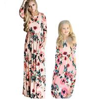 ingrosso abiti in boemia-Fidanzata della mamma Maxi vestito della Boemia Famiglia Abiti coordinati 2018 Fashion Mommy and Me Floral Long Dress Family Fitted