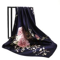 lenço de seda azul grande venda por atacado-Azul marinho Rosas Chinesas Grandes Lenços Quadrados Nova Fêmea Elegante Grande Lenço De Seda Moda Feminina Acessórios 90 * 90 cm