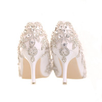 zapatos de boda de encaje personalizados al por mayor-34-39 White Lace Shallow Ponited Head Slip-on Custom Crystal Pearls Sweet High Heel Novia Chica Boda Zapatos para vestir