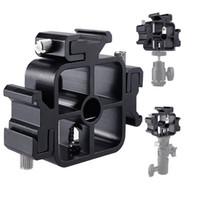 регулируемые подставки для фотоаппаратов оптовых-3 Тройная вспышка камеры вспышки Speedlite держатель для холодного крепления кронштейна подставки для вспышки Регулируемый адаптер для горячей вспышки для вспышки