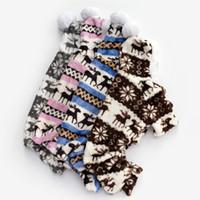 trajes chihuahua venda por atacado-Macio Dog Clothes Macacão Pet Dog Jumpsuit para Pequenos Cães Casaco Elk Pet Costume Roupas de Inverno Roupas Chihuahua Pijama Com Capuz 1ay20