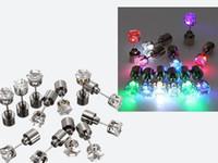boucle d'oreille flash magnet achat en gros de-Boucles d'oreilles Flash LED Épingles à cheveux Strobe LED boucles d'oreilles lumières Strobe LED Boucles d'oreilles lumineuses Magnet Party Magnets Boucles d'oreilles de mode Lumières