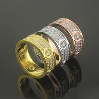 anel de ouro branco liso venda por atacado-Moda de Luxo Famosa Marca de Jóias Homens / Mulheres Completa CZ Diamante Anel de Amor de Ouro 3 Cor casal Anel de Aço de Titânio de Alta Polido Amante Anéis