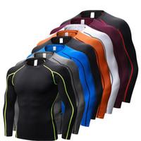 vücut geliştirme tayt forması toptan satış-Kuru Futbol Formaları Sıkıştırma Spor Tayt Spor Spor Basketbol Erkekler Gömlek Vücut Geliştirme Rashgard T-Shirt