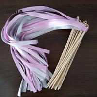 стримеры палочки оптовых-Горячий продавать фиолетовый розовый и щепка свадебная лента палочки палочки придерживаться серпантин с золотыми колокольчиками для украшения свадьбы