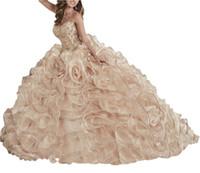 brautkleider champagner farbe großhandel-Ballkleid Brautkleider Champagne schwere Handwerkskleid mit blumigen Bands, farbigen Poncho Kleid, Krawatte, Schwanz und billige Mail zurück