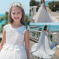 Wholesale occasion dresses for kids for sale - Princess Flower Girl Dresses For Weddings Kids Pageant Gowns A Line Lace Appliqued Floor Length First Communion Dress Special Occasion