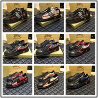 kelebek ayakkabı erkekler toptan satış-Sıcak Lüks Asil Tasarımcı Erkek Kadın Sneaker Rahat Ayakkabılar En Kaliteli Gerçek Deri Kelebek Dekorasyon Sneakers Ace Ayakkabı Spor Boyutu 38-44