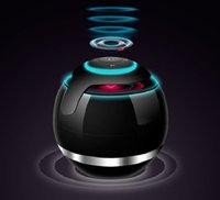 ingrosso altoparlanti vivavoce del bluetooth-Creative LED Multicolor Ball TF Card Altoparlante stereo Bluetooth senza fili Mini altoparlante subwoofer portatile con vivavoce leggero per telefono