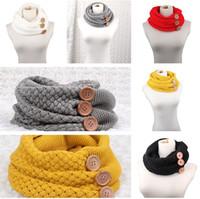 ingrosso maglione della nuova sciarpa di stile-nuovo stile Inverno caldo maglia anello sciarpe donne di lusso tinta unita modello uncinetto grande pulsante maglia snood maglia sciarpa bambino snood T5C056