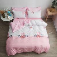 yatak odası yorgan örtüleri toptan satış-Yatak odası 3/4 adet Kral Yatak Setleri Nevresim Setleri Yastık Kılıfı Düz levha Dropshipping çocuk hediyeler Piglet karikatür