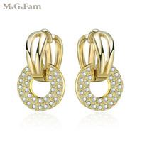 encantos leves venda por atacado-MGFam (435E) 14 k Light Banhado A Ouro Brincos para As Mulheres Cubic Zircon Encantos Redondos Novo Design Frete Grátis