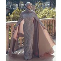 klassische spitze-abschlussballkleider großhandel-Classy Muslim Spitze Abendkleider High Neck Appliqued Meerjungfrau Plus Size Prom Kleider mit Cape langen Ärmeln Vestidos De Fiesta Abendkleid
